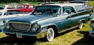Chrysler Newport - Image: Chrysler Newport 1961