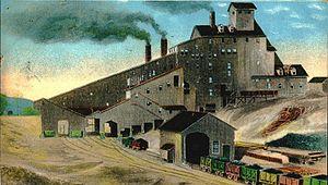 Coal breaker - A coal breaking plant, depicted on a postcard in 1907.