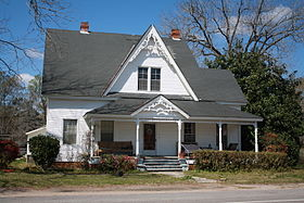 Coffeeville Alabama Victorian House.jpg