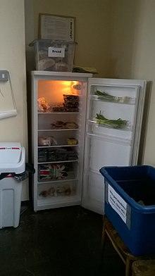 Community fridge - Wikipedia