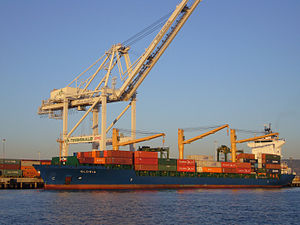 Container ship; Oakland, CA.jpg