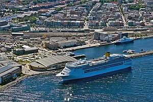 Costa Victoria in Trondheim