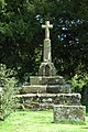 Cross in Coddington Churchyard - geograph.org.uk - 963158.jpg