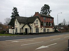 Crossroads public house and hotel, Weedon, Northamptonshire.jpg