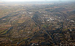 Cumbernauld from the air (geograph 5670618).jpg