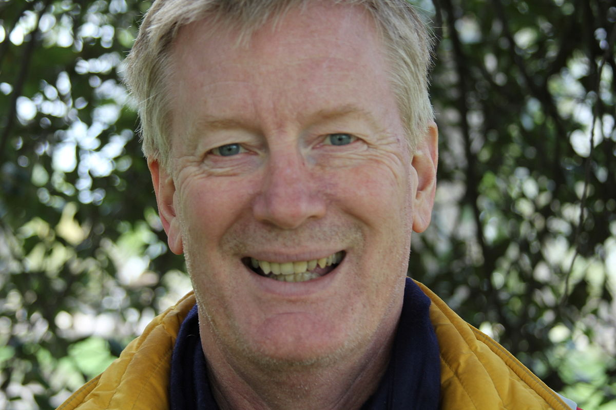 Dan Smith (British Author)