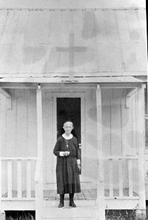 Deaconess Bedell on the porch of the Mission of Our Savior Collier City, Florida.jpg