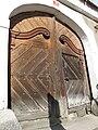 Detail vyřezávaných dveří, ulice Pražská, Stříbrná Skalice (002).JPG