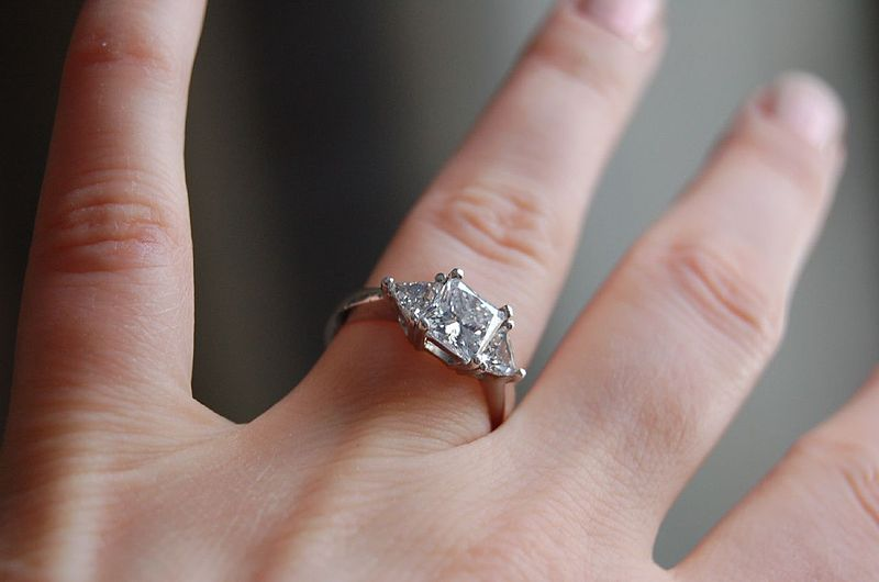 File:Diamond ring by Jennifer Dickert.jpg