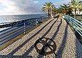 Die gepflegte Strandpromenade von Santa Cruz, Madeira. 02.jpg