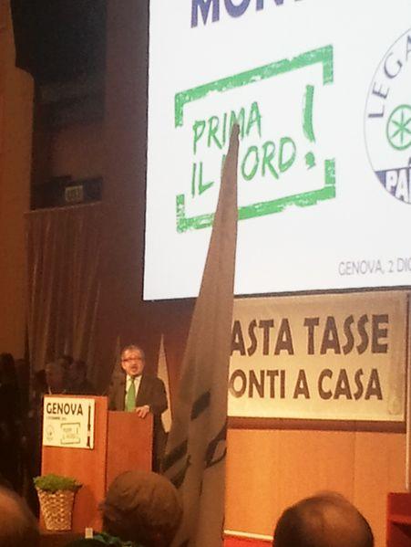File:Discorso Roberto Maroni, Genova, 2012 (2).jpg