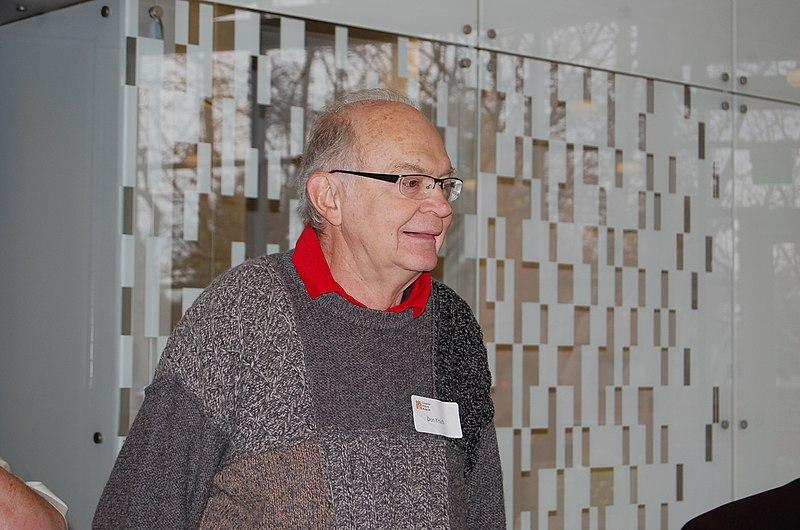 File:Donald Knuth, CHM 2011.jpg