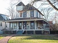 Douglass Summer House Dec 09.JPG