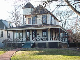 Douglass Summer House Dec 09.JPG