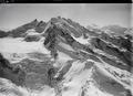 ETH-BIB-Riedgletscher, Nadelgrat, Dom v. N. aus 4000 m-Inlandflüge-LBS MH01-000384-02 .tif