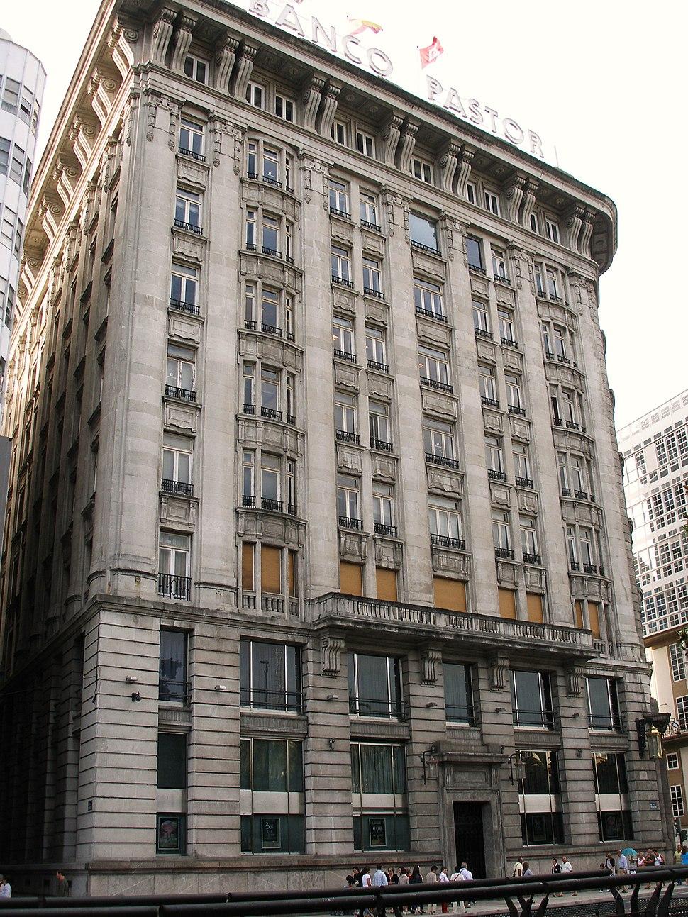 Edificio banco pastor