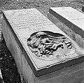 Een graf op de joodse begraafplaats Beth Haïm op Curaçao, Bestanddeelnr 252-7317.jpg