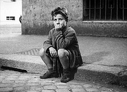 Enzo Staiola in Bicycle Thieves.jpg
