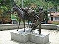 Escultura al Arriero-Maestro Gabriel Vélez Calle.JPG