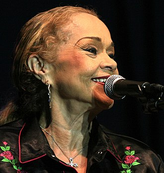 Etta James - James at the 2006 Common Ground Festival in Lansing, Michigan