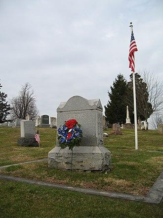 Evergreen Cemetery (Adams County, Pennsylvania) - Image: Evercemadams burns