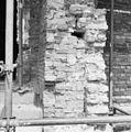 Exterieur steunbeer naast ingang in koor - Hoorn - 20115808 - RCE.jpg