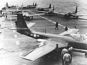 VF-171 - Image: FH 1 Phantoms of VF 17A on USS Saipan (CVL 48) on 6 May 1948 (NNAM.1996.253.7239. 010)