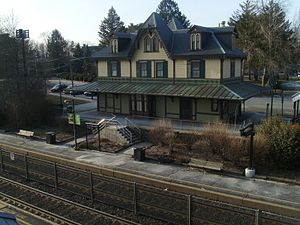 Fanwood Station from overpass.jpg