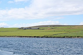 Farm overlooking Bay of Backaland, Eday. - geograph.org.uk - 531449.jpg