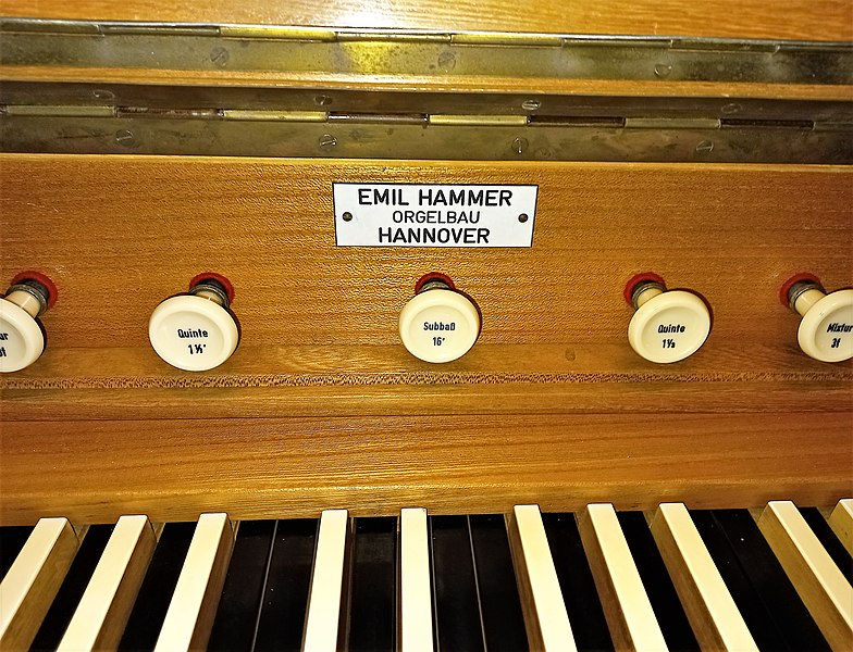 Datei:Fischbach-Camphausen, Evangelische Kirche (Hammer-Orgel) (10).jpg