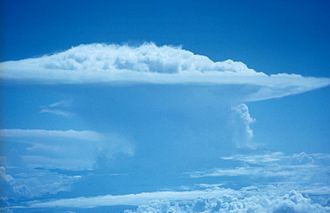 Cumulonimbus cloud - Image: Fly 00890 Flickr NOAA Photo Library