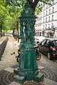 Fontaine Wallace Bd des batignolles paris.jpg