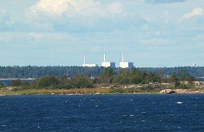 Alla tre reaktorerna på avstånd