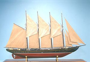 UAM Creoula - A maquette of the Creoula in the Navy Museum