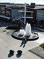 Fountain (4072595113).jpg