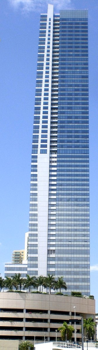 Four Seasons Hotel Miami - Image: Four Seasons Tower Miami east