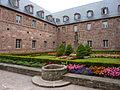 Fr Mont Sainte-Odile cloister garden.jpg