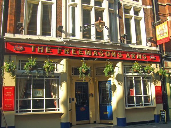 Freemasons Arms in Long Acre Freemasons Arms - Long Acre - WC2.jpg