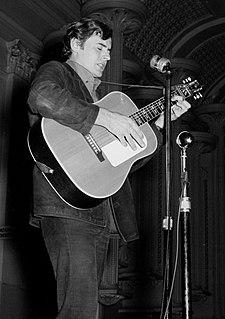 Gary Shearston Australian singer and songwriter