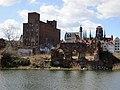 Gdansk broken granary - panoramio.jpg