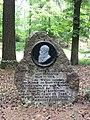 Gedenkstein für Herzog Georg II. von Sachsen-Meiningen (1826-1914), Weißbach, Uhlstädt-Kirchhasel, Thüringen, Deutschland.jpg