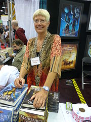 Gen Con Indy 2008 - artists (Margaret Weis).JPG