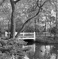 Gietijzeren brug over de vergraven Nieuwe Prinsengracht - Amsterdam - 20015478 - RCE.jpg