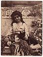 Gloeden, Wilhelm von (1856-1931) - n. 2253 - da - Sicilia mitica Arcadia - p. 26.jpg