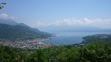 Salo and Lake Garda Golfo di Salo.JPG