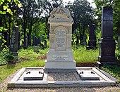 Grab von Ludwig August Frankl von Hochwart auf dem Wiener Zentralfriedhof (Quelle: Wikimedia)