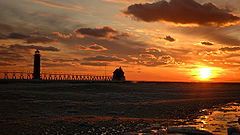 Grand haven lighthouse.jpg