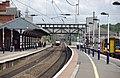 Grantham railway station MMB 05 91XXX 158863.jpg