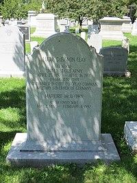 Grave Lucius D. Clay.JPG