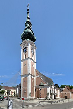 Grieskirchen - Kirche.JPG